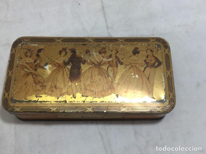 Cajas y cajitas metálicas: Caja hojalata litografiada Confitería Salinas Almendras Alcalá de Henares - Foto 2 - 134474762