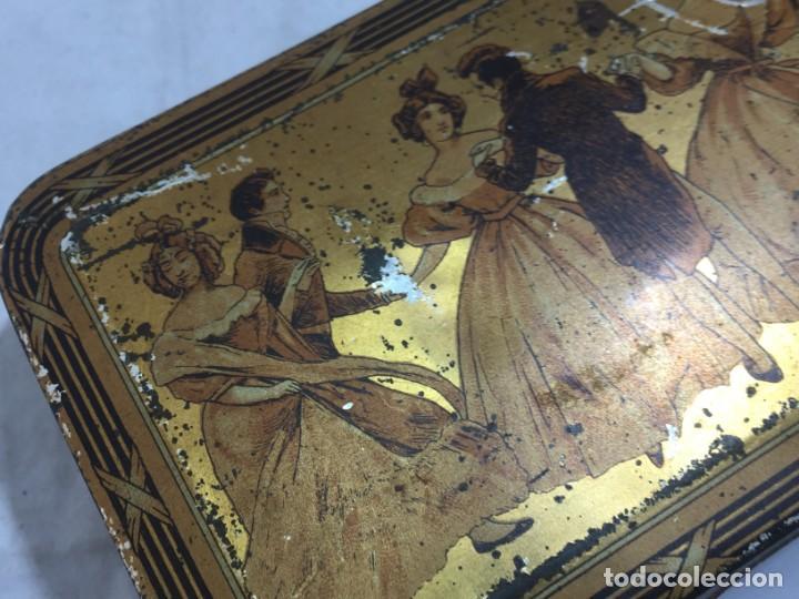 Cajas y cajitas metálicas: Caja hojalata litografiada Confitería Salinas Almendras Alcalá de Henares - Foto 6 - 134474762