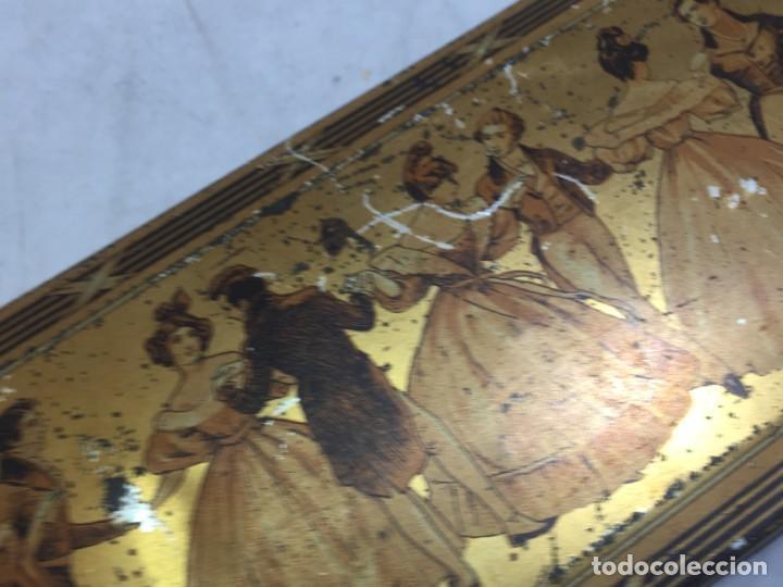 Cajas y cajitas metálicas: Caja hojalata litografiada Confitería Salinas Almendras Alcalá de Henares - Foto 8 - 134474762
