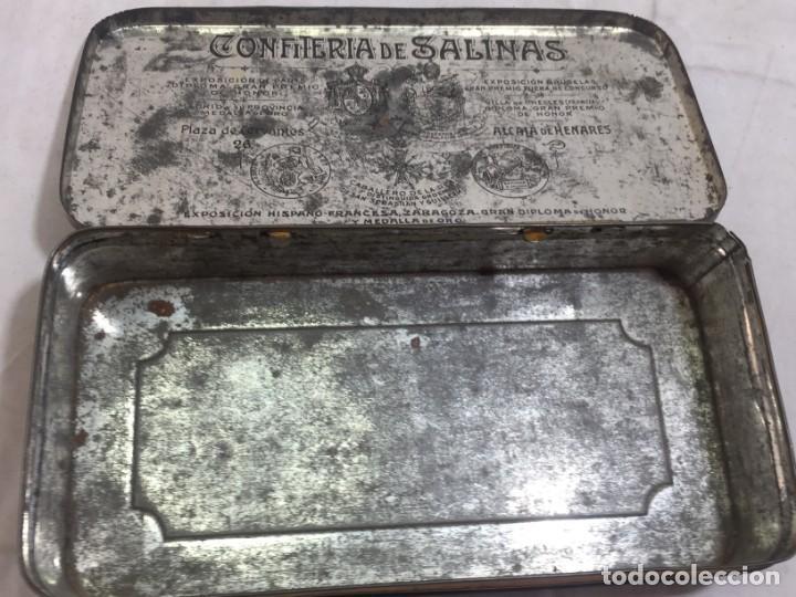 Cajas y cajitas metálicas: Caja hojalata litografiada Confitería Salinas Almendras Alcalá de Henares - Foto 9 - 134474762