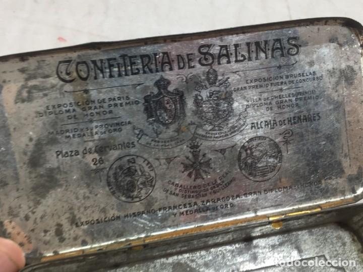 Cajas y cajitas metálicas: Caja hojalata litografiada Confitería Salinas Almendras Alcalá de Henares - Foto 10 - 134474762