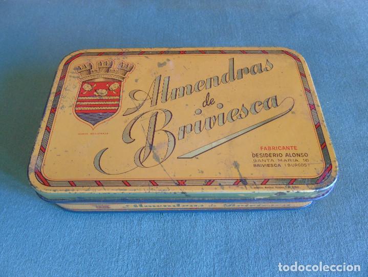 CAJA METÁLICA. ALMENDRAS DE BRIVIESCA. FABRICANTE, DESIDERIO ALONSO. BRIVIESCA (BURGOS) (Coleccionismo - Cajas y Cajitas Metálicas)