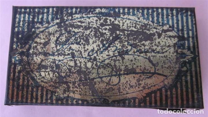 Cajas y cajitas metálicas: Caja pasta pectoral infalible contra toda clase de TOS - Con algún pequeño oxido - Foto 4 - 135167026
