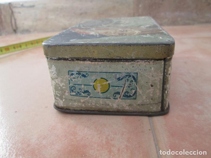 Cajas y cajitas metálicas: Vieja caja metálica. - Foto 2 - 138890558