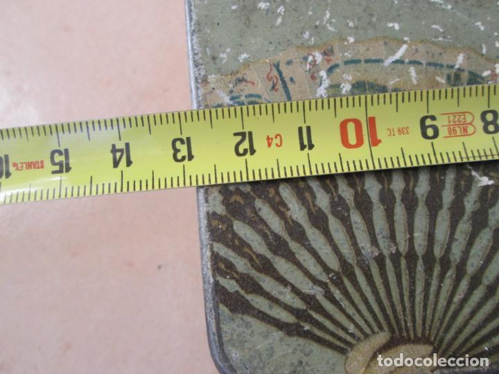Cajas y cajitas metálicas: Vieja caja metálica. - Foto 4 - 138890558