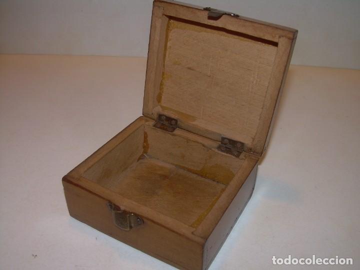 Cajas y cajitas metálicas: ANTIGUA CAJITA DE MADERA NOBLE. - Foto 3 - 139761326