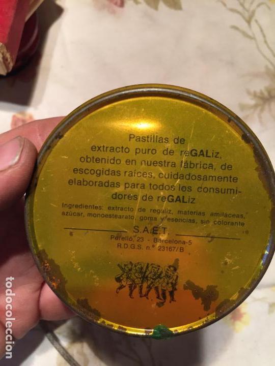 Cajas y cajitas metálicas: Antigua caja / cajita de lata de regaliz menta fuerte de los años 60-70 - Foto 3 - 140190098