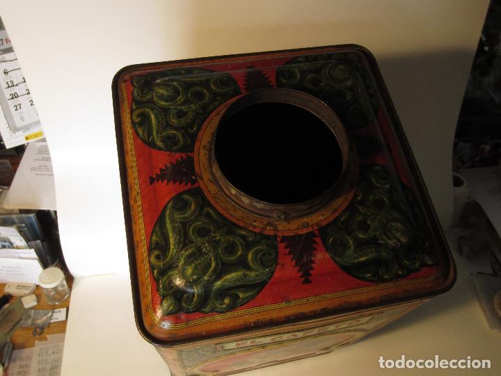 Cajas y cajitas metálicas: ANTIGUA LATA GRANDE DE CAFÉS EL CAFETO, AÑOS 30 - Foto 4 - 140645630