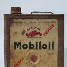 Cajas y cajitas metálicas: LATA DE ACEITE MOBILOIL. GARGOYLE. Lote 140885554