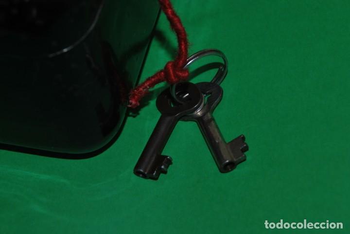 Cajas y cajitas metálicas: CAJA DE CAUDALES - CAJA DE SEGURIDAD METÁLICA - BANDEJA INTERIOR - AÑOS 20-30 - Foto 4 - 140984878