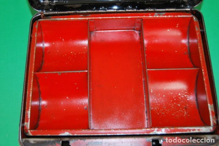 Cajas y cajitas metálicas: CAJA DE CAUDALES - CAJA DE SEGURIDAD METÁLICA - BANDEJA INTERIOR - AÑOS 20-30 - Foto 15 - 140984878