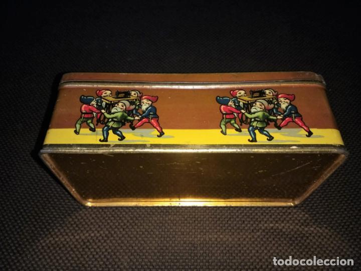 Cajas y cajitas metálicas: Caja de Hojalata Vacía Litografiada de Máquinas de Coser Wertheim - Foto 3 - 142361518