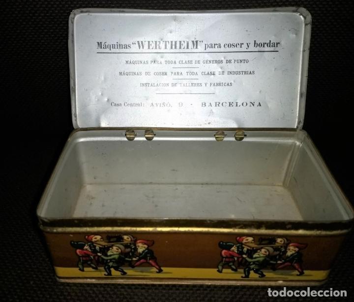 Cajas y cajitas metálicas: Caja de Hojalata Vacía Litografiada de Máquinas de Coser Wertheim - Foto 6 - 142361518