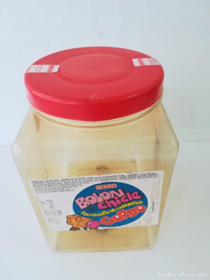 Cajas y cajitas metálicas: caja bote expositor caramelos fiesta bolon de chicle recubierto de caramelo años 80. - Foto 2 - 142693430