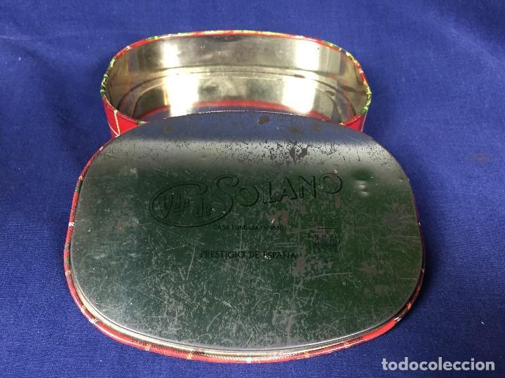 Cajas y cajitas metálicas: antigua caja metálica viuda de solano surtido nata moka casa fundada en 1830 - Foto 2 - 146228530