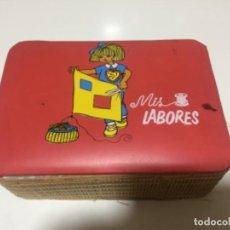 Cajas y cajitas metálicas: COSTURERO AÑOS 70. Lote 146739322