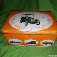 Cajas y cajitas metálicas: ANTIGUA CAJA COCHE DARRACQ 1902 COLACAO COLA CAO. Lote 147773818