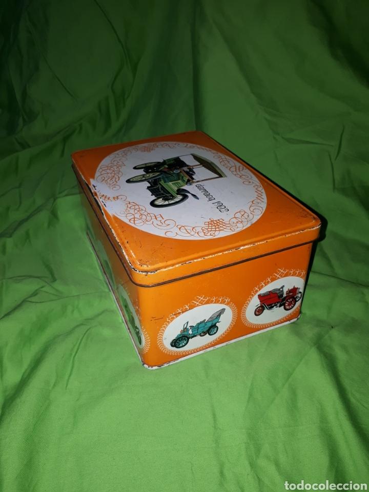 Cajas y cajitas metálicas: Antigua caja COCHE DARRACQ 1902 Colacao cola cao - Foto 2 - 147773818