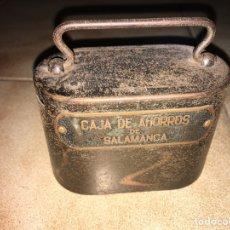 Cajas y cajitas metálicas: HUCHA CAJA DE AHORROS DE SALAMANCA. Lote 147784021