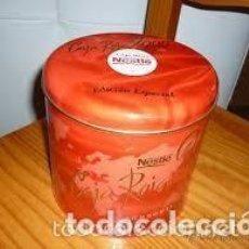 Cajas y cajitas metálicas: CAJA ROJA NESTLÉ EDICIÓN ESPECIAL 2000. Lote 194660262