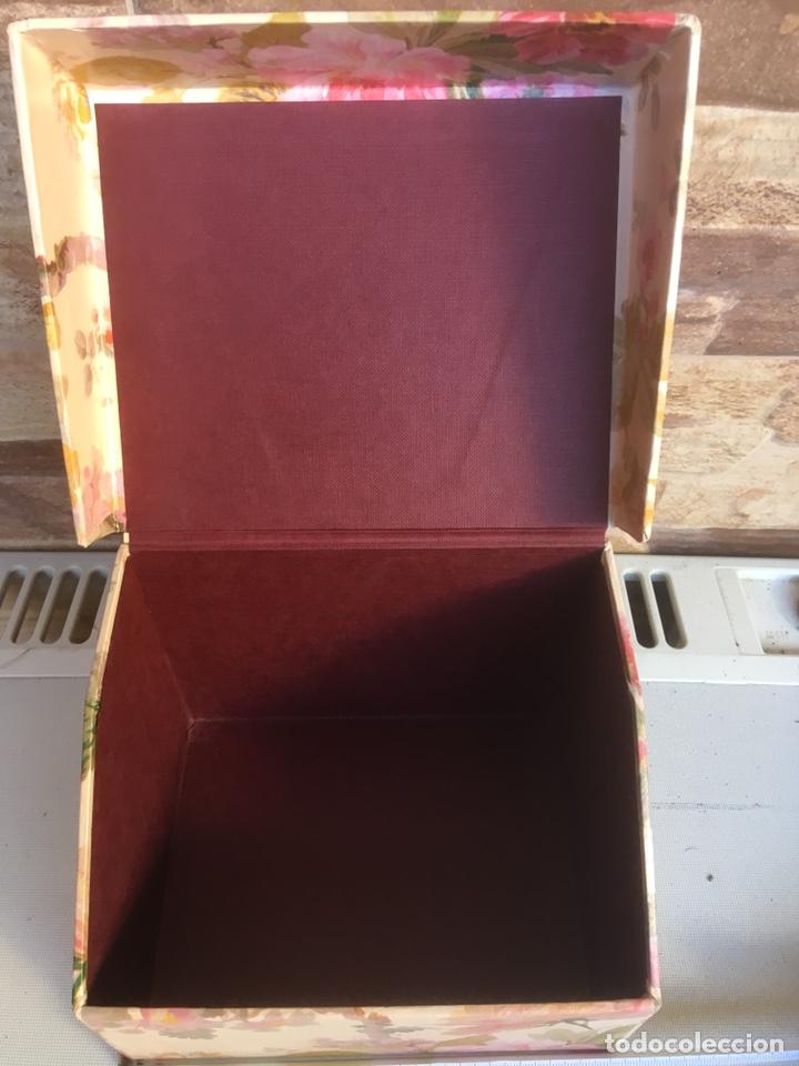 Cajas y cajitas metálicas: Caja de cartón - Foto 2 - 148696413