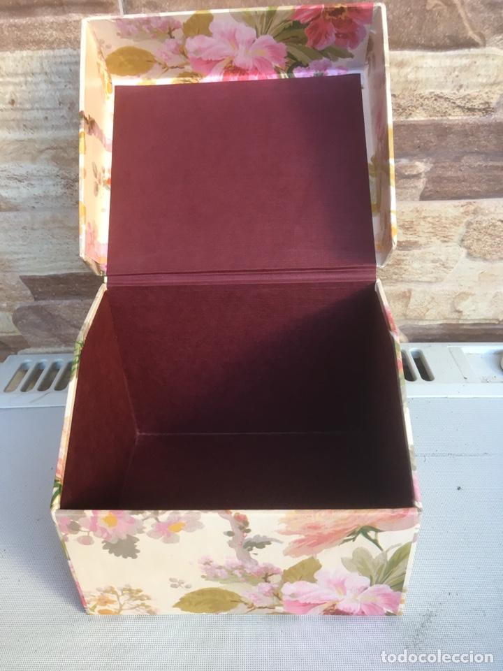 Cajas y cajitas metálicas: Caja de cartón - Foto 4 - 148696413