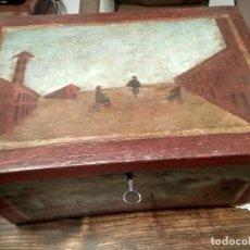 Cajas y cajitas metálicas: CAJA GRANDE CON DIBUJOS ANTIGUOS PINTADOS A MANO-. Lote 148794294