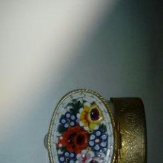 Cajas y cajitas metálicas: BONITA CAJA ANTIGUA. Lote 150368680