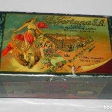 Cajas y cajitas metálicas: ANTIGUA CAJA DE HOJALATA LITOGRAFIADA CON PUBLICIDAD DE LA FORTUNA, FABRICA DE CHOCOLATES, GALLETAS,. Lote 151366038