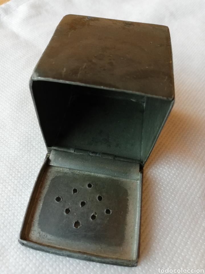 Cajas y cajitas metálicas: Caja antigua metalica - Foto 6 - 151411228