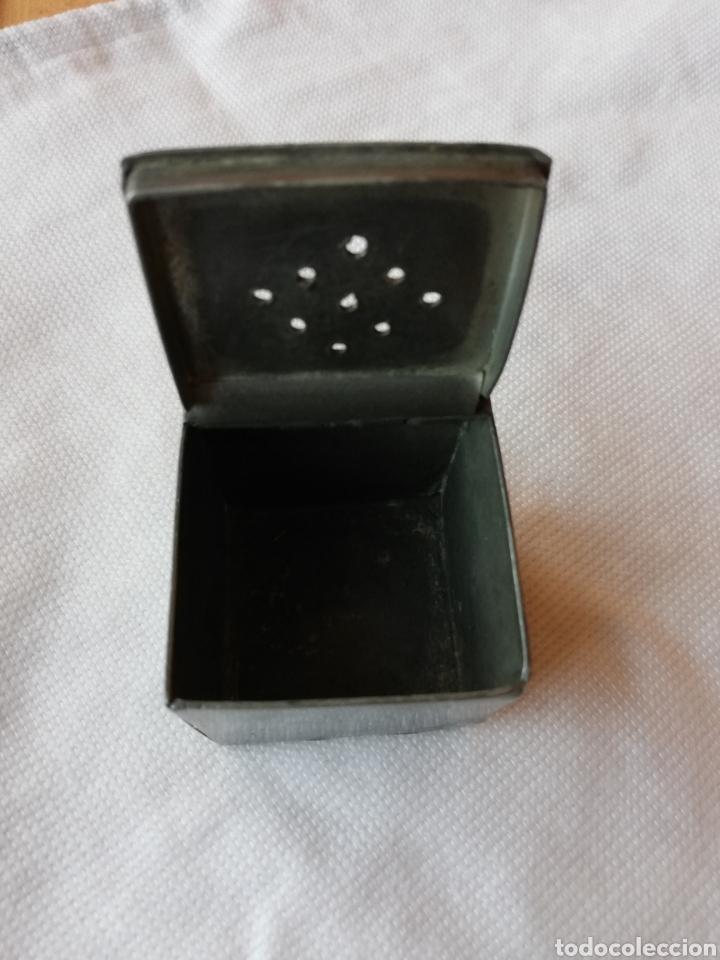 Cajas y cajitas metálicas: Caja antigua metalica - Foto 7 - 151411228