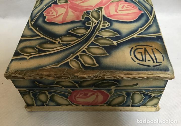 Cajas y cajitas metálicas: GAL, CAJA DE SEDA PINTADA AÑOS 20/30 - Foto 5 - 151488314