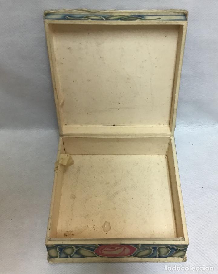 Cajas y cajitas metálicas: GAL, CAJA DE SEDA PINTADA AÑOS 20/30 - Foto 9 - 151488314