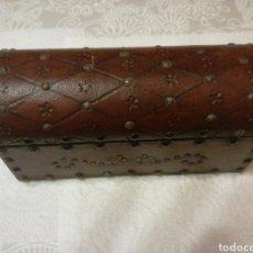 Cajas y cajitas metálicas: BAULITO DE MADERA. Lote 151635013
