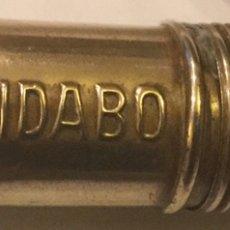 Cajas y cajitas metálicas: TIBIDABO CANUTO AGUJAS DEDAL BRONCE CARRETES HILO MADERA RELIEVE PRIMERA ÉPOCA PARQUE ATRACCIONES. Lote 151890601