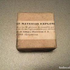Boîtes et petites boîtes métalliques: ANTIGUA CAJA CARTÓN PISTONES RECAMBIO ESCOPETA.SOCIEDAD ESPAÑOLA DE ARMAS Y MUNICIONES EIBAR CAZA. Lote 175056425
