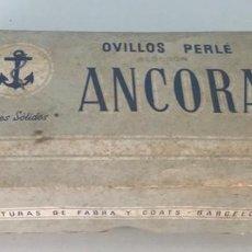 Cajas y cajitas metálicas: ANTIGUA CAJA ANCORA (FABRA COATS) - CON 13 OVILLOS DE PERLÉ. Lote 154096390