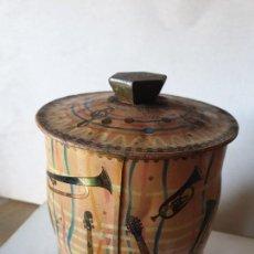 Cajas y cajitas metálicas: CAJITA CON DIBUJOS INSTRUMENTOS MUSICALES. Lote 154375030