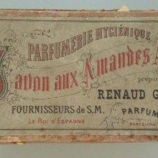 Cajas y cajitas metálicas: ANTIGUA CAJA DE 1897 D LA PERFUMERIE HYGIÉNIQUE. RENAUD GERMAIN. BARCELONA. JAVON AUX AMANDES AMÉRES. Lote 154397946