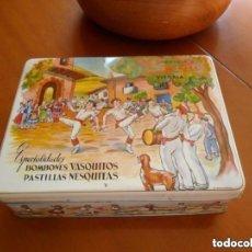 Cajas y cajitas metálicas: CAJA DE BOMBONES VASQUITOS. Lote 155025342