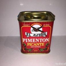 Cajas y cajitas metálicas: LATA DE PIMENTON PICANTE EL AVION. Lote 156555674
