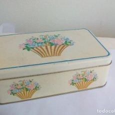Cajas y cajitas metálicas: CAJA DE METAL, LATA, CON MOTIVOS FLORALES . TIN BOX. Lote 156560106