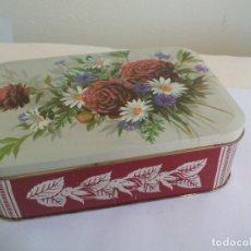 Cajas y cajitas metálicas: CAJA DE METAL, LATA, CON MOTIVOS FLORALES . TIN BOX. Lote 156560654