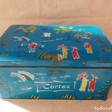 Cajas y cajitas metálicas: CAJA LATA COLA CAO CARTAS. Lote 156860594