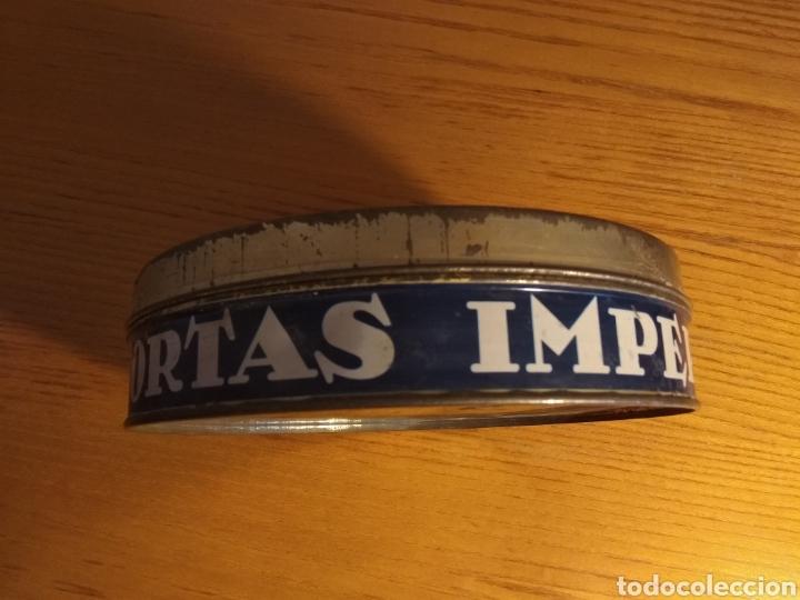 Cajas y cajitas metálicas: Caja hojalata. Tortas imperiales el almendro. 20 cms ∅ - Foto 3 - 157911478