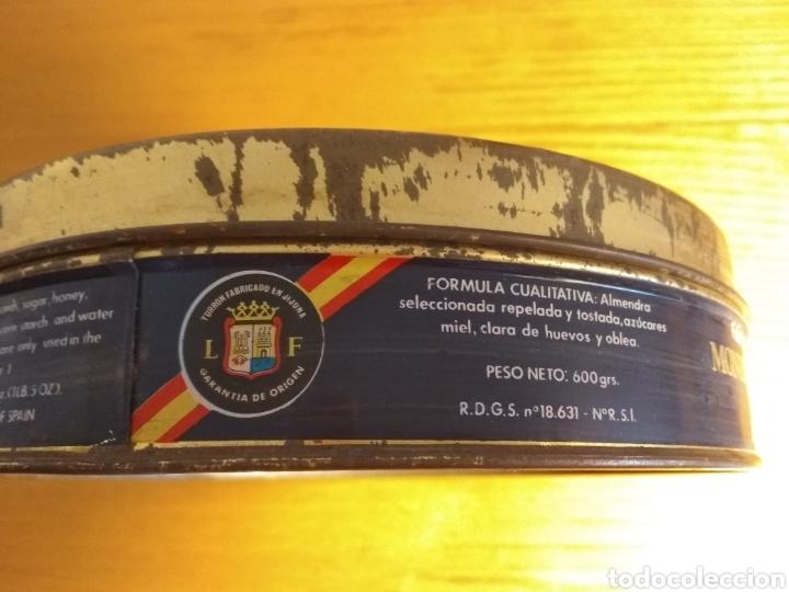 Cajas y cajitas metálicas: Caja hojalata. Tortas imperiales el almendro. 20 cms ∅ - Foto 5 - 157911478
