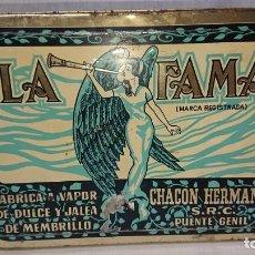 Cajas y cajitas metálicas: ANTIGUA CAJA METÁLICA DULCE DE MEMBRILLO LA FAMA - CHACON HERMANOS - PUENTE GENIL . Lote 159939622