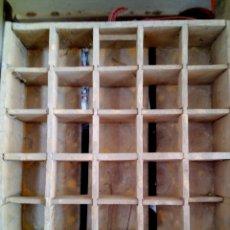 Cajas y cajitas metálicas: CAJA CERVEZA STARK TURIA. Lote 162542890