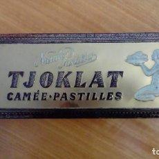 Cajas y cajitas metálicas: CAJA METÁLICA DE CARAMELOS TJOKLAT. Lote 163535590