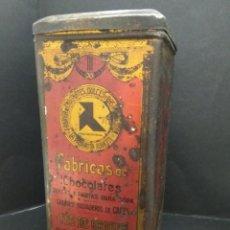 Cajas y cajitas metálicas: ANTIGUA CAJA METALICA LA PAJARITA ALBACETE FABRICAS CHOCOLATES DULCES PASTAS TE AÑOS 20. Lote 163949218